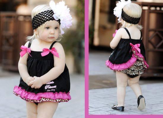 Divatbemutató kis hölgyeknek