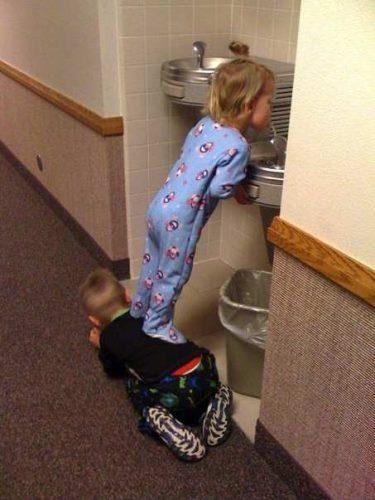 A jó testvérek segítenek egymásnak